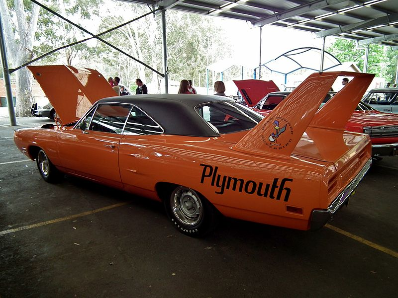 1970_Plymouth_Road_Runner_Superbird_coupe_(8184791412)